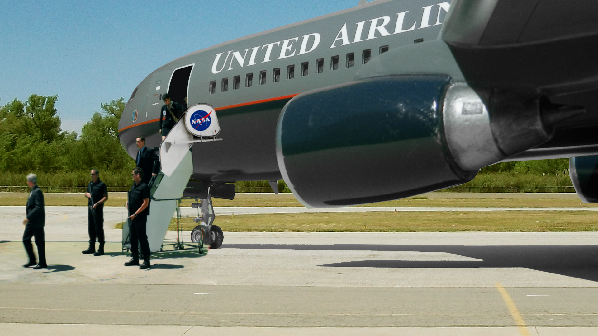Composite Miniature Green Screen Airliner