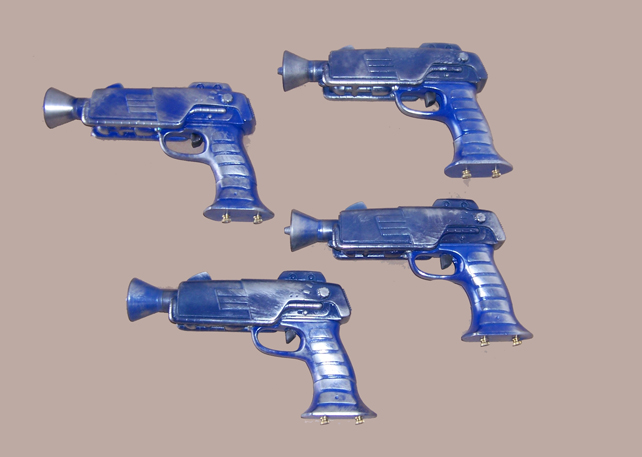 Gun: Captain Cold Feeze Guns
