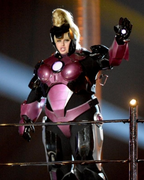 Iron Woman MTV Awards, Rebel Wilson