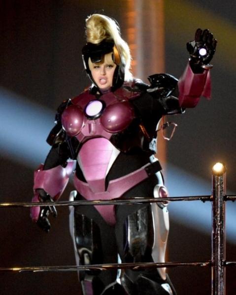 Iron Woman MTV Awards, Rebel Wilson